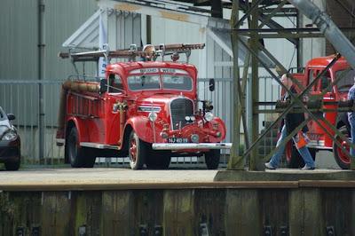Afbeelding historische brandweerauto's