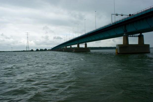 De Haringvlietbrug
