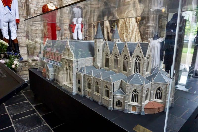 Een model van de St.Lievensmonsterkerk van Zierikzee zoals deze er in de 18e eeuw uitzag