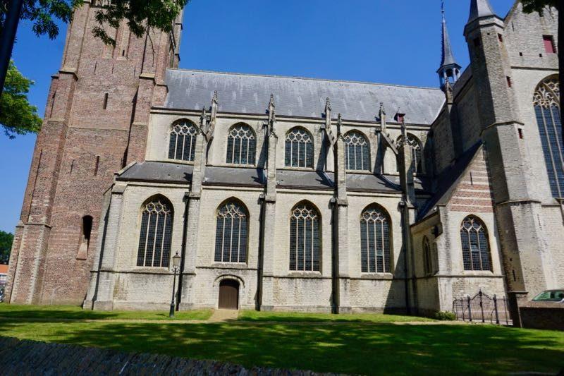 De Grote-of Onze Lieve Vrouwekerk van Tholen
