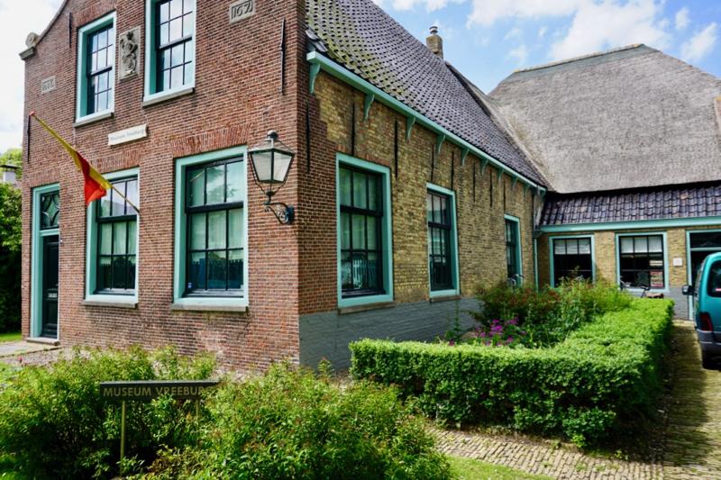 Het Boerderij- en Rijtuigenmuseum Vreeburg in Schagen