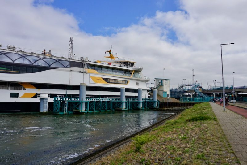 Veerboot Texelstroom vaart tussen Den Helder en het eiland Texel