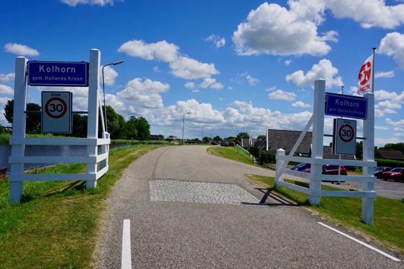 Het dorp Kolhorn hoort bij de gemeente Hollandse Kroon