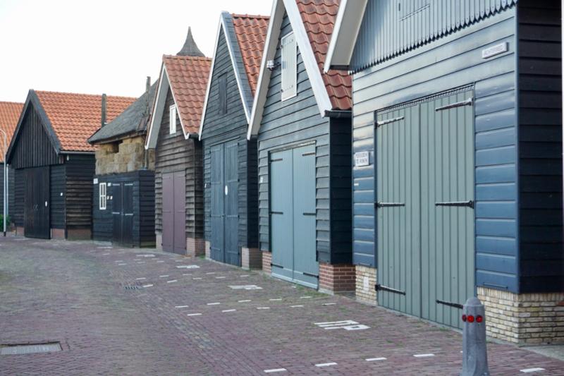 Op de Achterweg in Genemuiden is al jaren een rookverbod van kracht