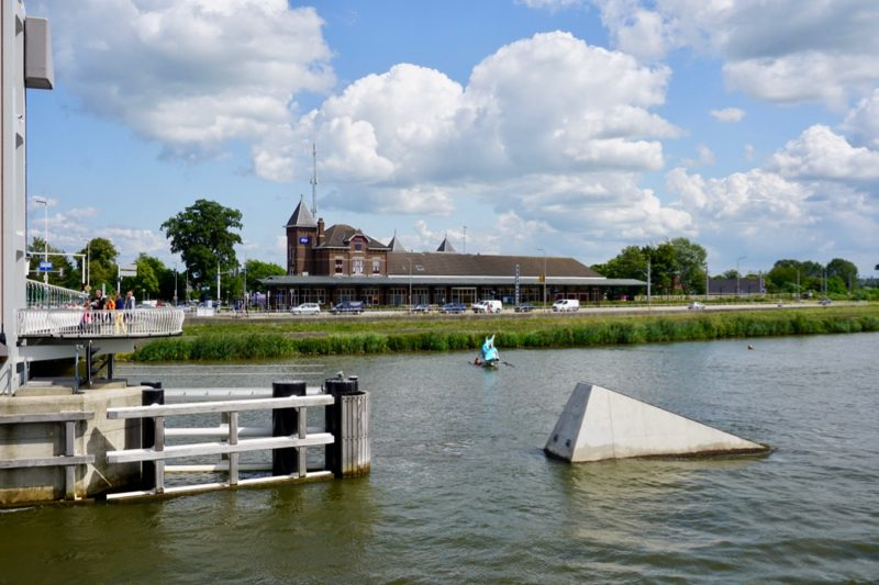 Station Kampen voor het Kamperlijntje Zwolle-Kampen