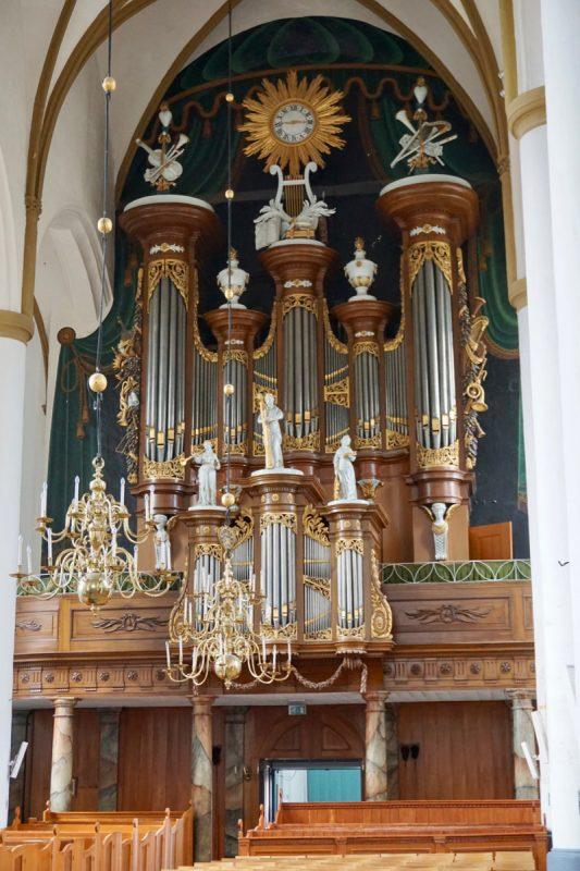 Het Quellhorstorgel in de Grote- of St.Nicolaaskerk te Elburg