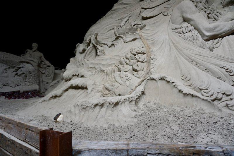 Bijbelverhalen in zandsculpturen