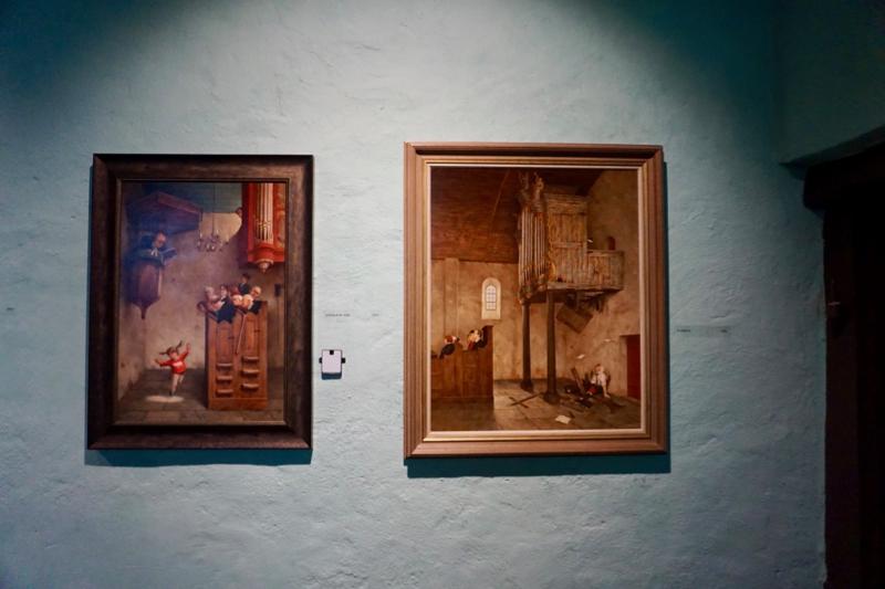 Twee humoristische werken van Marius van Dokkum