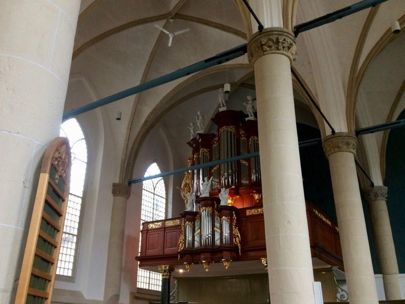 Het Hinsz-orgel in de Broederkerk te Kampen
