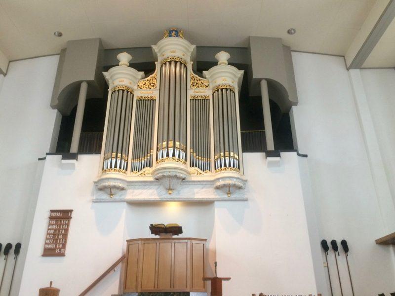 Het Flaes en Brunjes orgel uit 1863 in de Christelijk Gereformeerde Kerk De Zaaier te Harderwijk